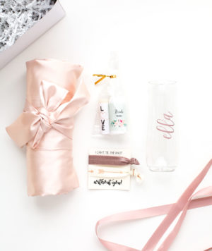 Mari Collective Gift Set